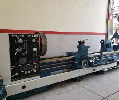 Torno Nardini AM 500 lateral